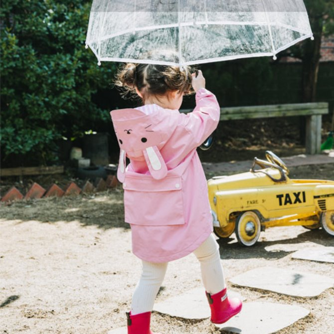Rabbit raincoat (pink)